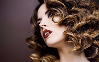 Luxusní péče o vlasy: střih, melír nebo barva