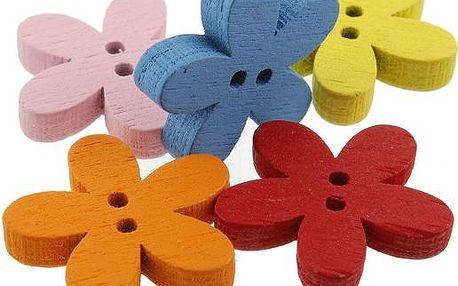 Květované barevné dřevěné knoflíčky - balení 100 ks