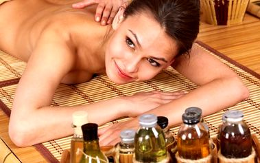 Aromaterapeutická masáž ramen, zad, šíje a nohou, relaxační luxusní procedura v Ostravě.