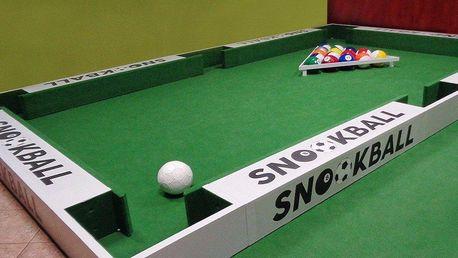 Snookball: hodina hry biliáru a fotbalu v jednom