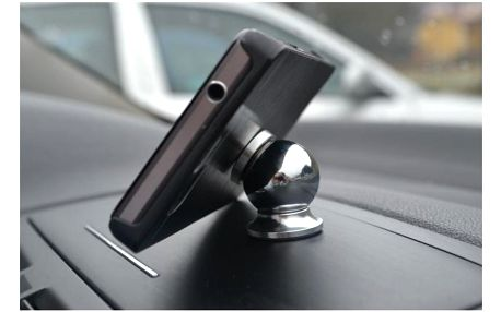 Magnetický držák mobilů, super cena!
