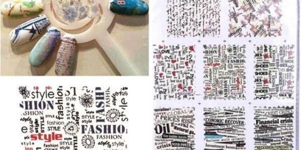 Nálepky na nehty s motivem nápisů z novin a časopisů