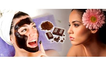 Smlsněte si na čokoládě a to doslova. Máme pro vás čokoládové hýčkání obličeje a dekoltu včetně masky dle typu pleti v salonu Regina v centru Plzně. Celá velice chutná a voňavá procedura potrvá blažených 40 minut a zlepší vám náladu.