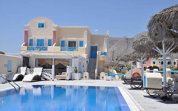 Řecko - Santorini na 11 dní, snídaně s dopravou letecky z Prahy přímo na pláži