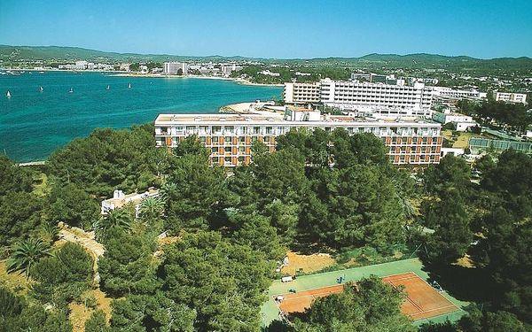 Španělsko - Ibiza na 8 dní, all inclusive nebo polopenze s dopravou letecky z Prahy přímo na pláži