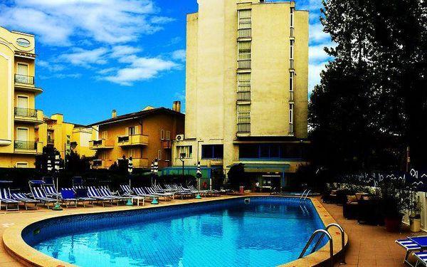 Itálie - Emilia Romagna na 8 až 10 dní, polopenze s dopravou autobusem nebo vlastní 100 m od pláže