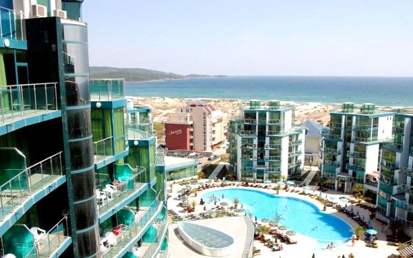 Bulharsko - Primorsko na 8 až 12 dní, all inclusive s dopravou pardubice, letecky z Brna nebo letecky z Prahy 100 m od pláže