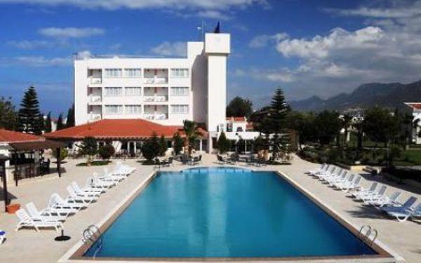 Mountain View Hotel & Villas - Kyrenia (až -26%), Kyrenia, Kypr, letecky, polopenze