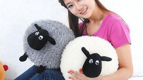 Polštářek v podobě ovečky - bílá barva, dlouhosrstá - skladovka - poštovné zdarma