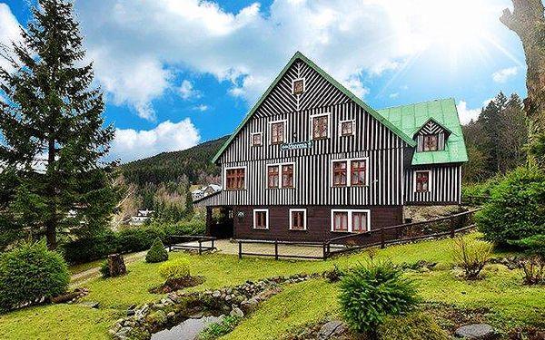 3–8denní pobyt ve Špindlu v penzionu Lucerna pro 2 až 4 osoby s wellness