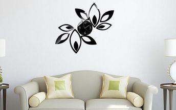 Designové hodiny s dekorací