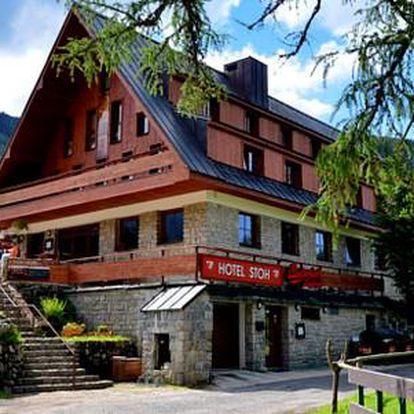 Hotel STOH*** s polopenzí, vířivkou a dítětem do 6 let zdarma