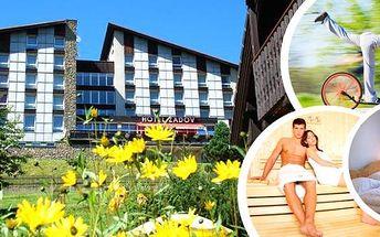 Šumava - wellness nebo aktivní pobyt pro dva na 3 dny v Hotelu Zadov***+ s překrásným výhledem na centrální Šumavu. V ceně bufetové snídaně a servírované večeře, sauna, vířivka, masáže, NW, kola, koloběžky - dle varianty. Užijte si dovolenou v přírodě dal