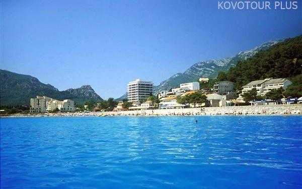 Černá Hora, Barská riviéra, Hotel Sato, snídaně v ceně
