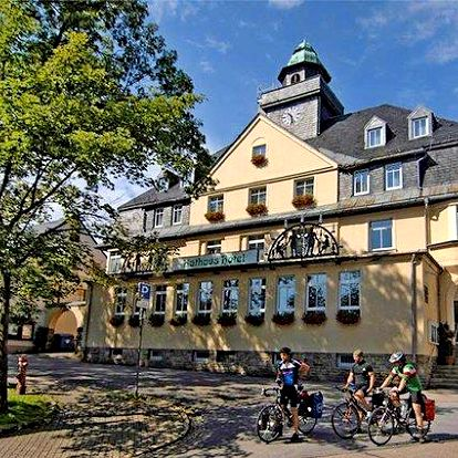 3–6denní Ultra All Inclusive pobyt s wellness pro 2 v hotelu Keilberg**** v Německu