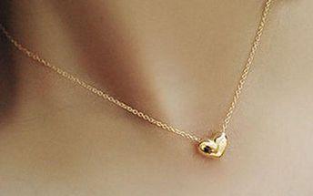 Náhrdelník s drobným srdíčkem - zlatá barva
