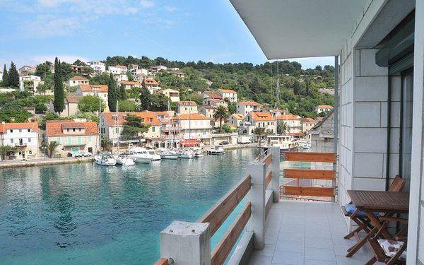 Chorvatsko - Apartmán Yasemin - Ostrov Šolta / bez stravy, vlastní doprava, 7 nocí, 5 osob