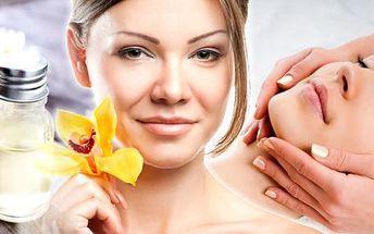 Manuální lymfodrenáž obličeje, krku a dekoltu v Brně, 30 nebo 60 min. Manuální lymfodrenáž obličeje, krku a dekoltu se využívá i při léčbě akné, pigmentových skvrn, vrásek a otoků víček a celkové regeneraci vedoucí k omlazení pokožky.