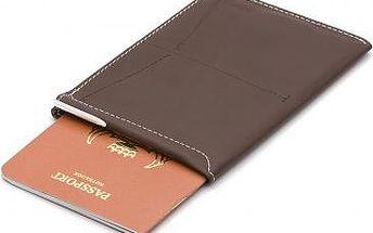 Elegantní pouzdro na pas z kůže s integrovaným perem.
