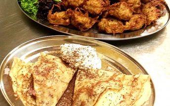 Kuřecí kousky v bramboráku + palačinka se zmrzlinou pro dva v restauraci Dřevák na Kladně.