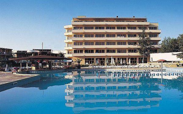 Bulharsko - Slunečné Pobřeží na 12 dní, all inclusive, polopenze nebo snídaně s dopravou letecky z Ostravy 250 m od pláže