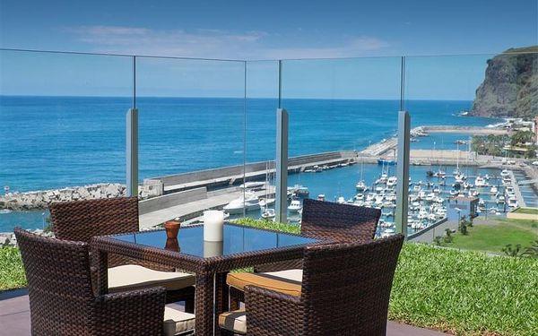 Madeira - Calheta na 8 až 12 dní, plná penze nebo polopenze s dopravou letecky z Prahy 10 m od pláže