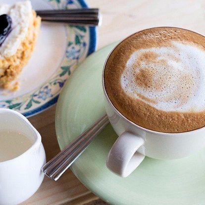 Sladké mlsání a voňavá káva v kavárně Daniela