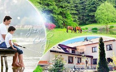 Jižní Čechy na 3 nebo 4 dny pro 2 osoby s polopenzí, lahví vína, bazénem a možností rybářské povolenky. 9/2016.