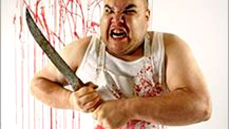 Zamčen v místnosti naplněné hádankami, hlavolamy. Máte jediný cíl - opustit místnost než vás chytí šílený řezník!