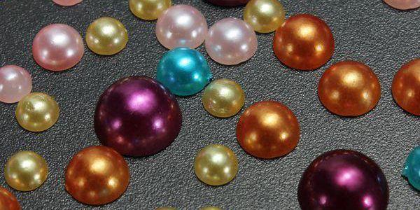 300 kusů barevných nalepovacích perliček - skladovka - poštovné zdarma