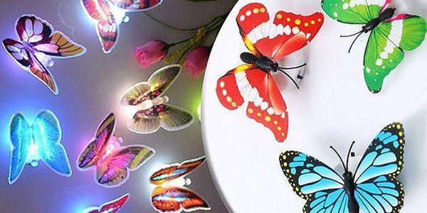 LED dekorace v podobě motýla na všechny druhy povrchů – 2 ks