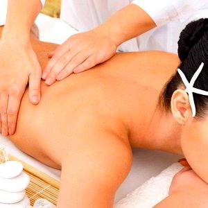Uvolňující aroma masáž – dokonalý voňavý relax