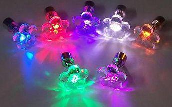 LED náušnice na párty