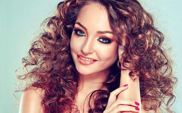 Letní regenerační péče pro vlasy a pokožku
