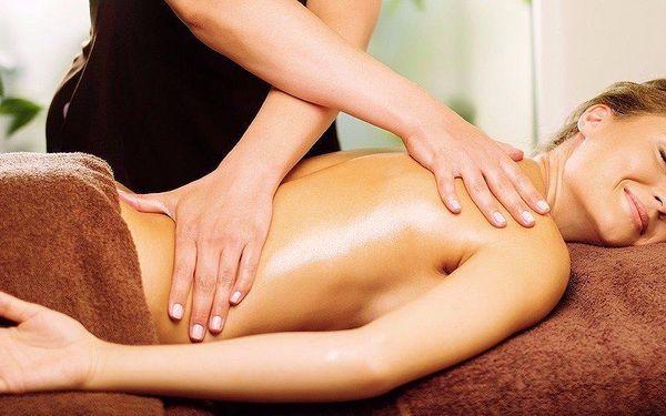 60 minut sportovní nebo relaxační masáže