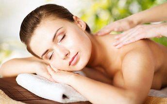 60minutová rekondiční masáž pro odstranění únavy v pražském salonu RelaxProTělo