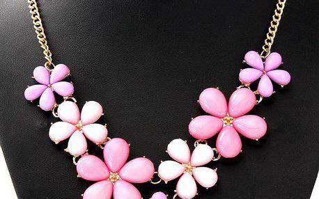 Rozkošný náhrdelník s akrylovými kytičkami