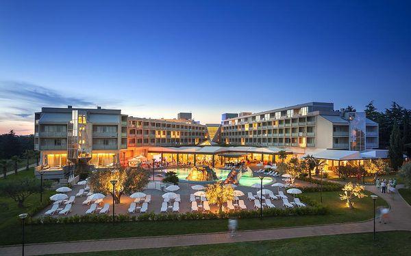 Chorvatsko - Aminess Maestral Hotel - Riviéra Novigrad / bez stravy, vlastní doprava, 15 nocí, 2 osoby
