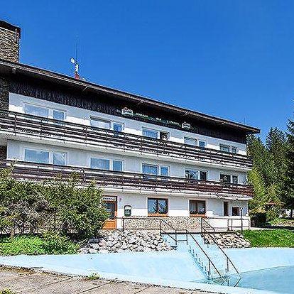 5 nebo 6denní pobyt v hotelu Kolibřík na Šumavě pro 2 se snídaněmi a bazénem