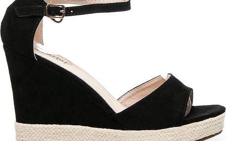 Sandálky na platformě