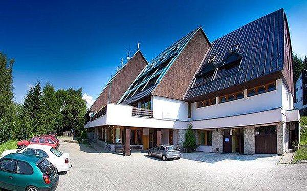3–6denní pobyt s polopenzí pro 2 + 2 děti do 13 let v Parkhotelu Harrachov v Krkonoších