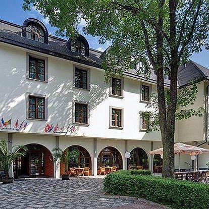 3–5denní pobyt pro dva se snídaněmi a láhví sektu v Praze v hotelu Na Zámečku