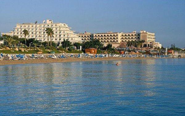 Kypr - Protaras na 6 až 8 dní, all inclusive nebo polopenze s dopravou letecky z Prahy přímo na pláži