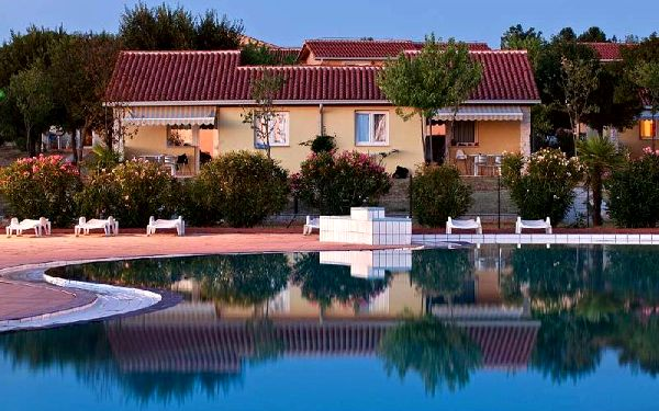 Chorvatsko - Apartmánový komplex Bi Village - Riviéra Pula / bez stravy, vlastní doprava, 13 nocí, 4 osoby
