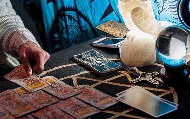 Tarot lásky - hodinový magický výklad karet po telefonu.
