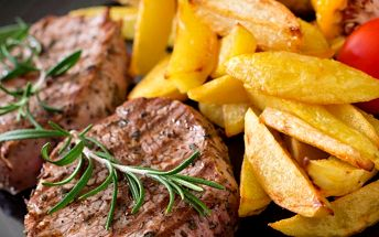 Lovecký vepřový steak a americké brambory