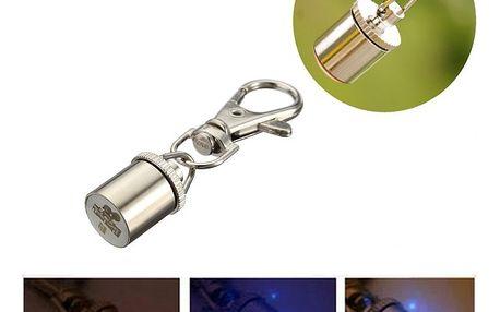 LED přívěsek na psí obojek i klíče
