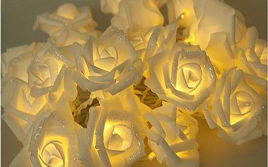 Romantické růžičky v podobě dekorativního řetězu