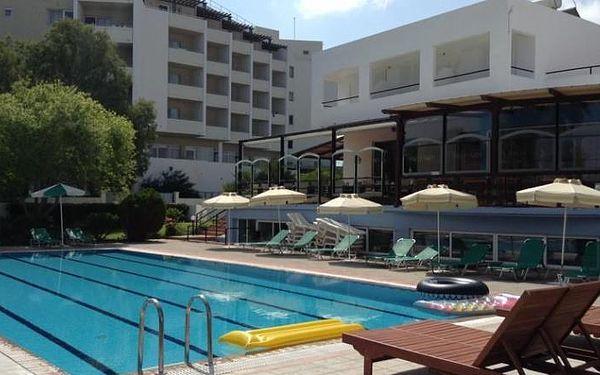 Řecko - Rhodos na 8 dní, polopenze nebo snídaně s dopravou letecky z Prahy nebo letecky z Brna 20 m od pláže