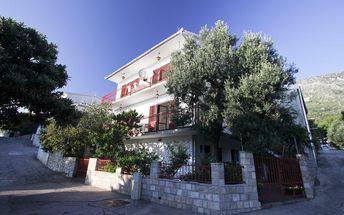 Chorvatsko - Apartmány Elvis - Makarská Riviéra / bez stravy, vlastní doprava, 14 nocí, 6 osob